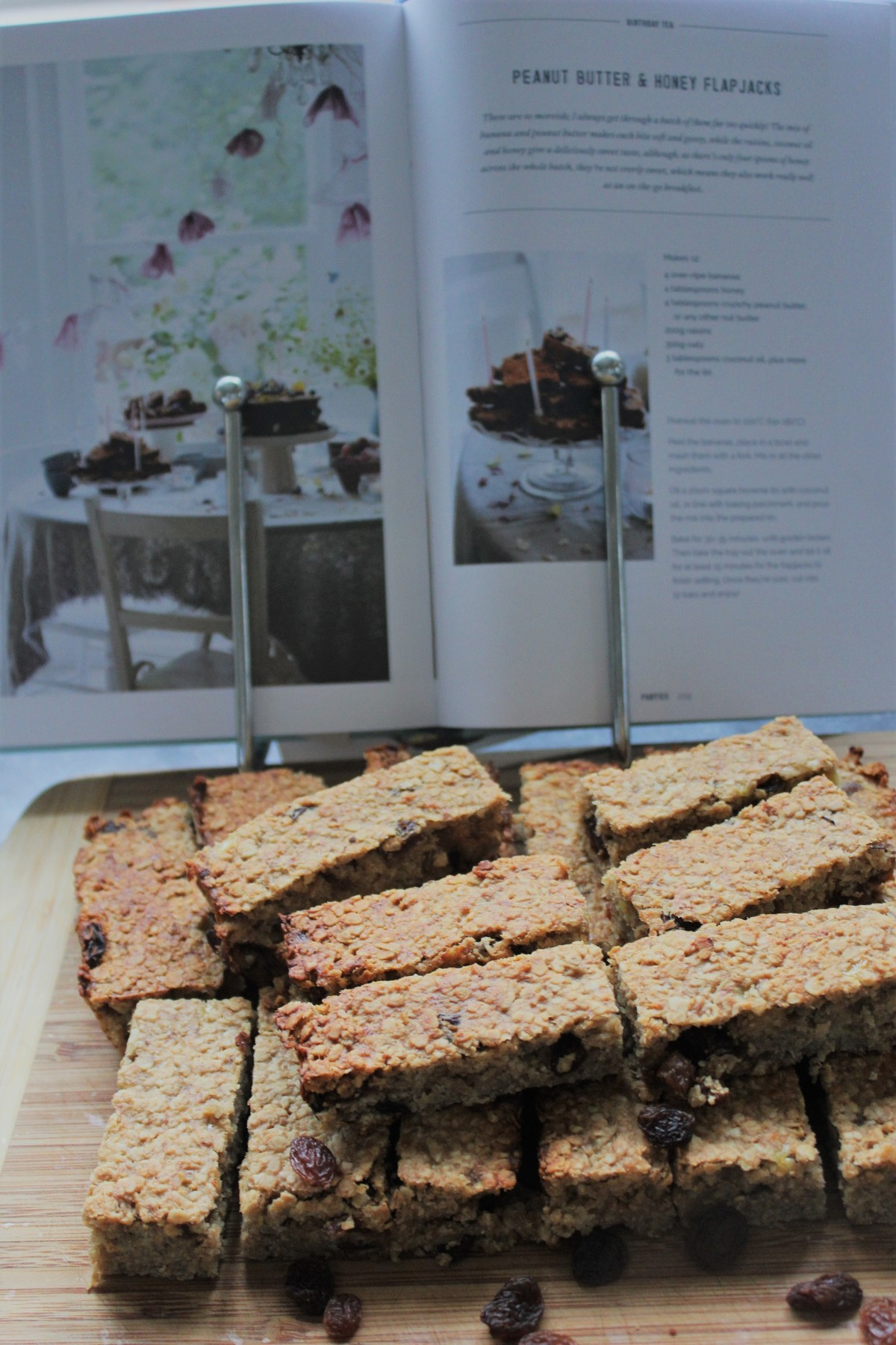 Deliciously Ella's Peanut Butter and Honey Flapjacks